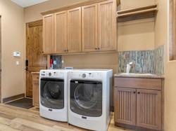 239 E Jeffrey Pine Rd Laundry Room