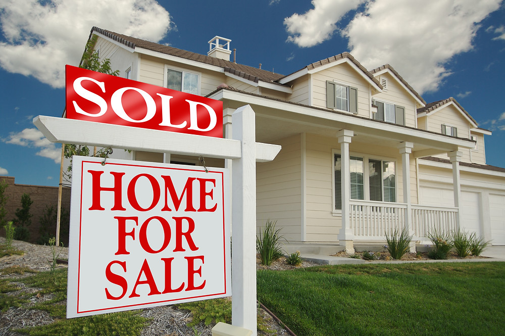 bigstock-Sold-Home-For-Sale-Sign--Home-1893969.jpg