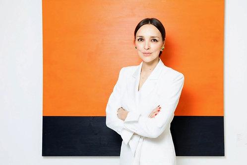 Алина Крюкова - предприниматель, основатель галерейного проекта a-s-t-r-a