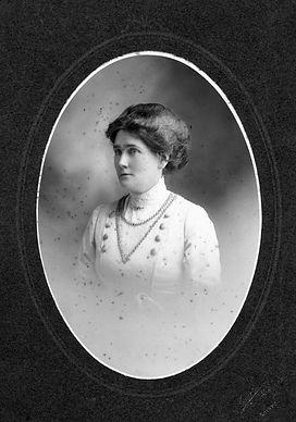 Flora McGillivray