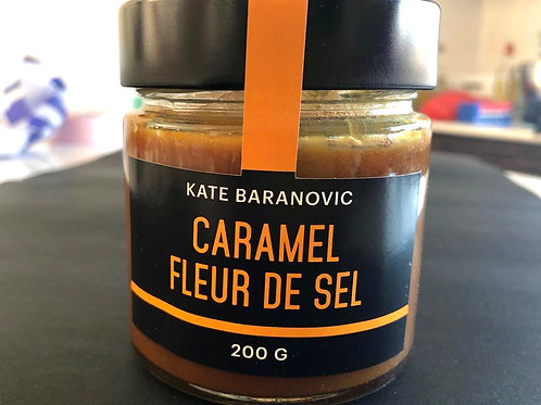The salted caramel sauce 220g