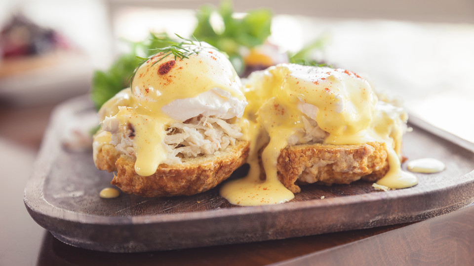 Blue Crab Eggs Benedict