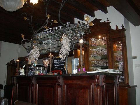 glazenrek restaurant Lettenburg in smeedijzer.