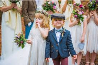 kids at the wedding with Celebrant Angie