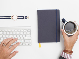 How a Virtual Assistant Will Make Your Life Easier: STOP Sabotaging Your Small Business Growth