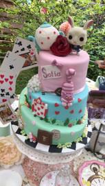 Gâteau alice aux pays des merveilles de Sofia