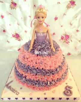 Gâteau Barbie de Laura