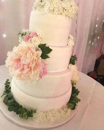 Wedding Cake chic & fleuri.