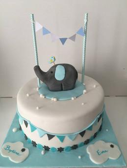 Gâteau petit éléphant pour le baptême de Evan