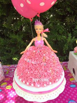 Gâteau Barbie de Nola