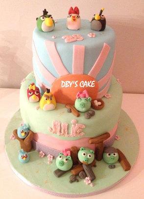Gâteau Angry Birds girly