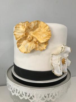 Gâteau Chic, noir,blanc et or