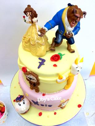 Gâteau la Belle & la Bête de Nola