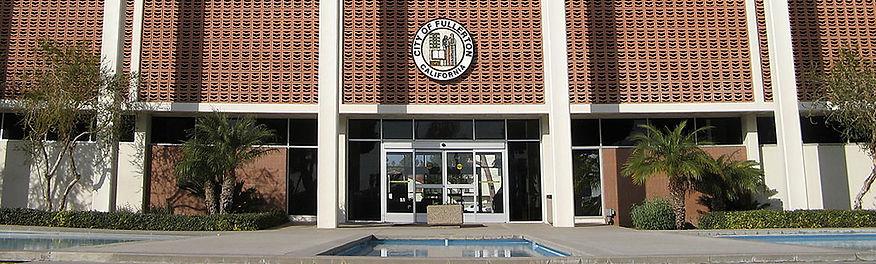 Fullerton_city_hall.jpg