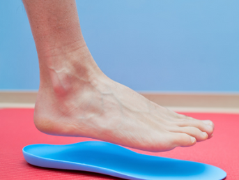 Why Everyone Needs Custom Foot Orthotics, According to A Chiropractor Doctor