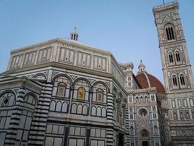 Batistério de Florença com guia particular em prtuguês