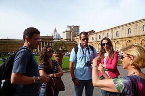 Pátio da Pinha, tour aos Museus Vaticanos com guia particular em portguês