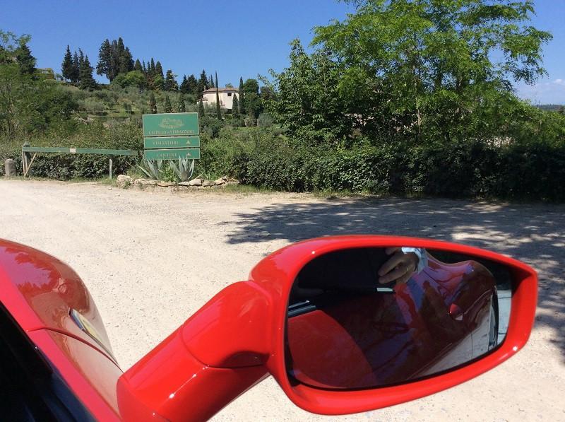 Pilotar a Ferrari 458 pelas colinas e castelos do Chianti