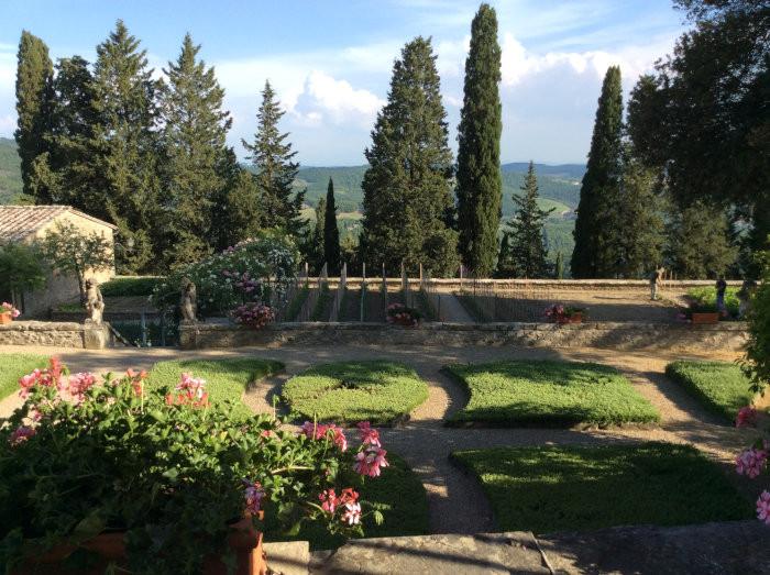O horto do Castelo de Albola in Chianti. Os produtos são utilizados pelo restaurante do Castelo.