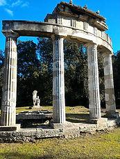 Templo de Vênus, área arqueológica, personalizado com guia particular aos lagos de Roma