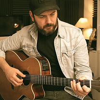 Guitar%20studio%20photo_edited.jpg