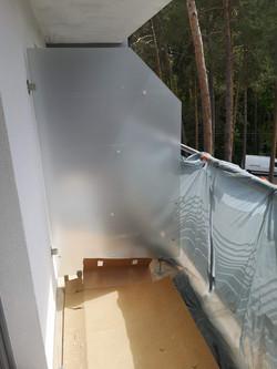 Przegroda balkonowa _ Balustrada szklana