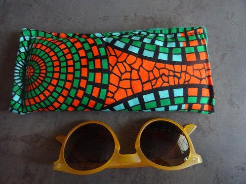 pochette tissu étui lunettes téléphone fait main ouatiné orange coloré