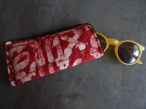 étui lunettes lunettes de soleil pochette téléphone rouge batik