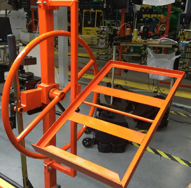 Trunnion Tote Stands