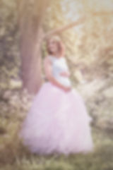 pregnancy photo shoot, outdoor, tutu, floral, beautiful maternity photos, offer