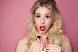 Blonde portrait makeup, lipgloss, portrait photo, social media photo, website product photo, model, beauty, portraiture photographer, professional portraits
