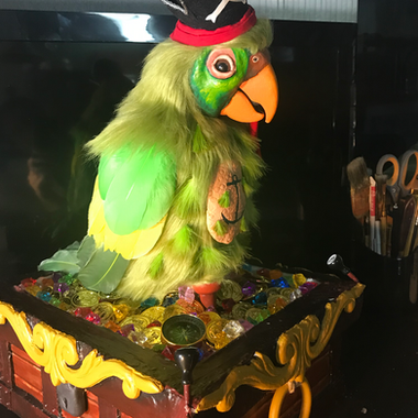 Pirates of the Caribbean Barker Bird - Animatronic
