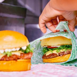 Aniversário: Tá Doido Burger dá um ano de hambúrguer grátis