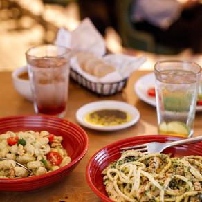 Abbraccio relança campanha Amo Pasta com opção vegetariana por R$ 39,90.
