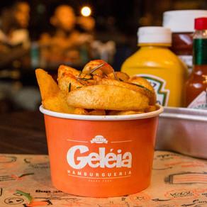 Carnaval: batata de graça em todas as unidades do Geléia