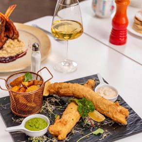 The Queen's Place elege prato típico britânico para o mês