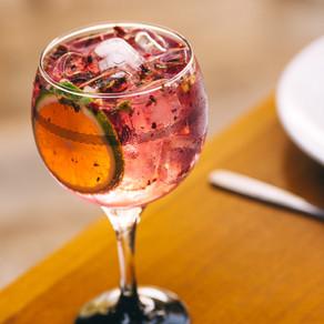 É Verão! Confira onde degustar drinques refrescantes para curtir a temporada