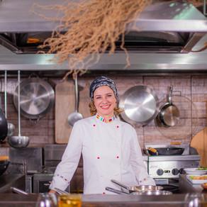 Chef brasiliense Leninha Camargo é a nova participante do programa Mestre do Sabor na Rede Globo