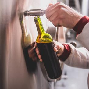MAIOR AVALIAÇÃO DO MUNDO Coletando amostras nas 53 vinícolas