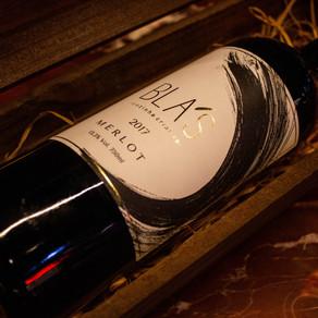 Bla's lança rótulo de vinho