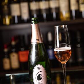 O amor e o vinho estão no ar!