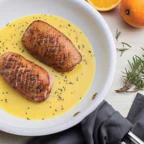 Peito de pato com molho de laranja, da Tramontina