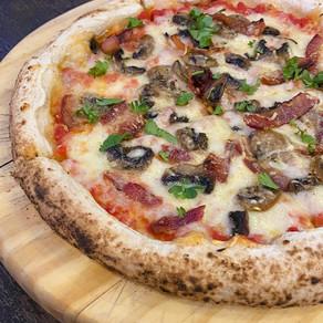 Cogumelos com bacon e sobremesa de amora com chocolate branco, são as novidades da Grano & Oliva