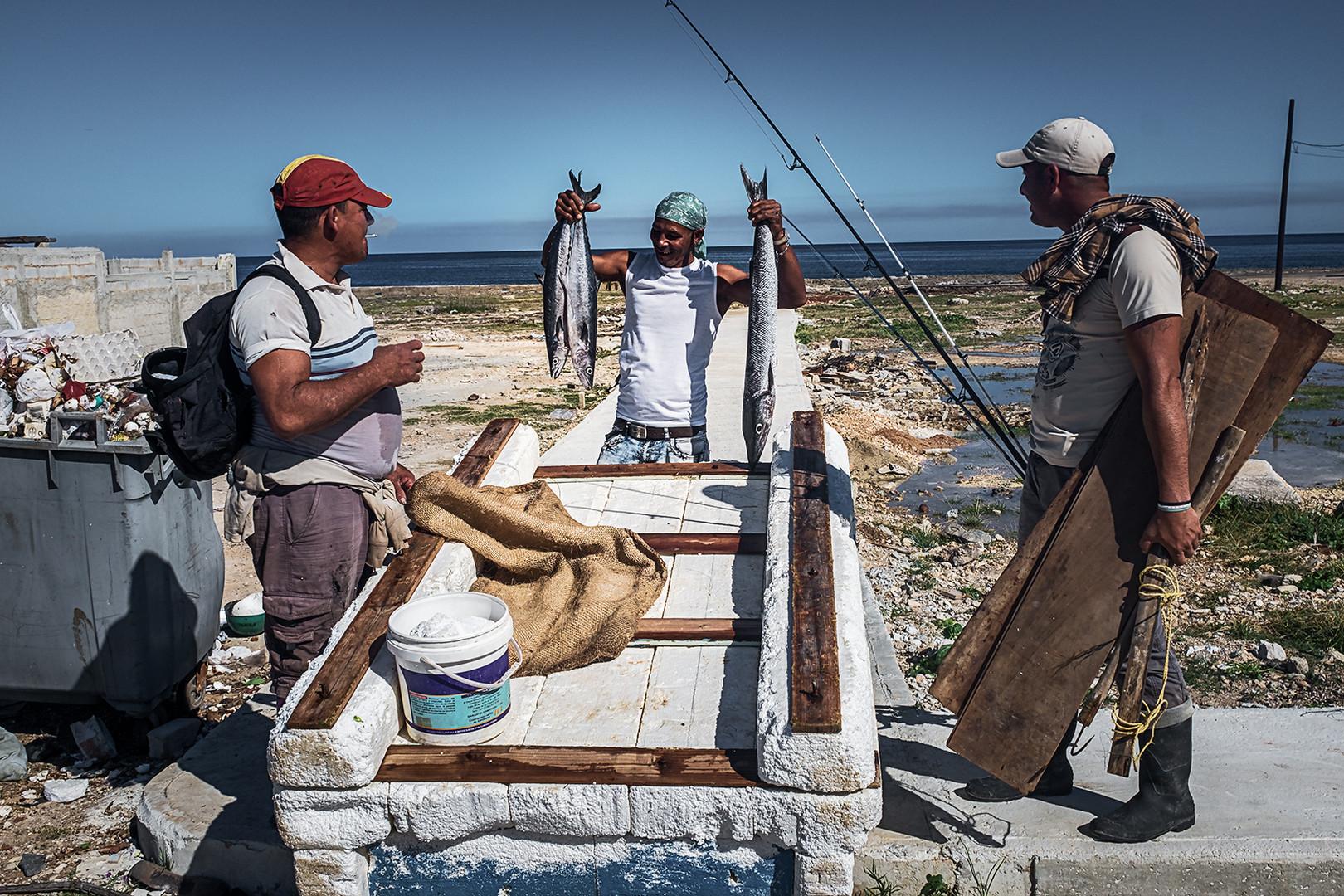 Pescadores en Cojima