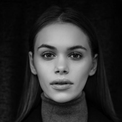 produkcja: Pomyśl Pomysł  modelka: Ewa S makijaż/włosy: Izabela Andrychiewicz