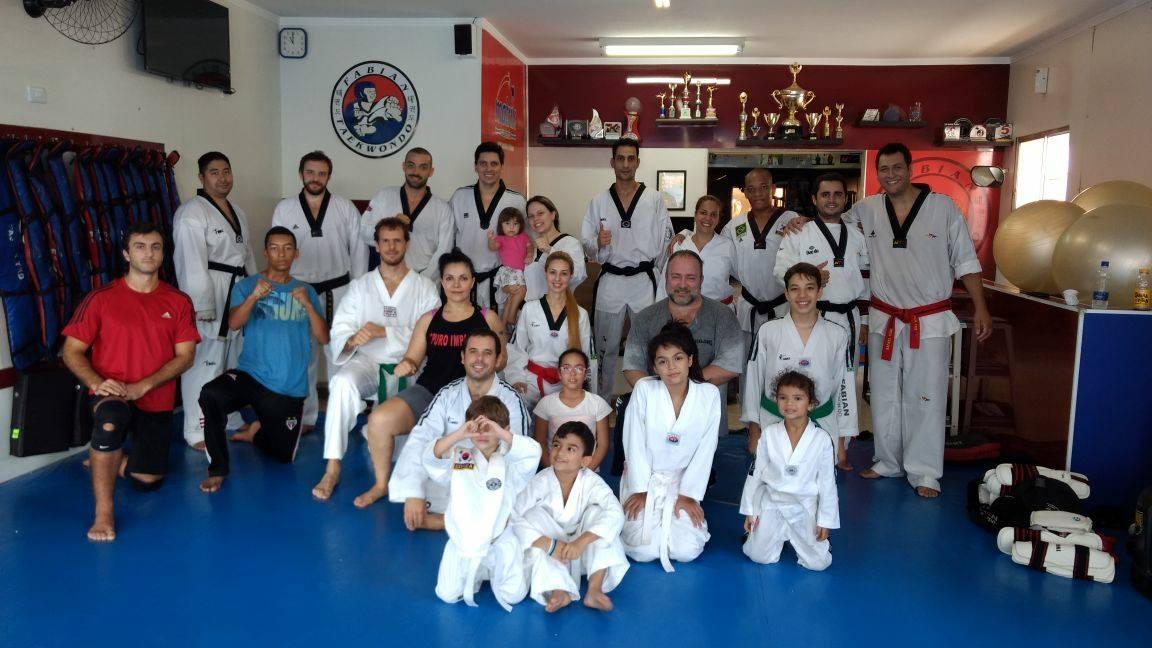 Taekwondo para família