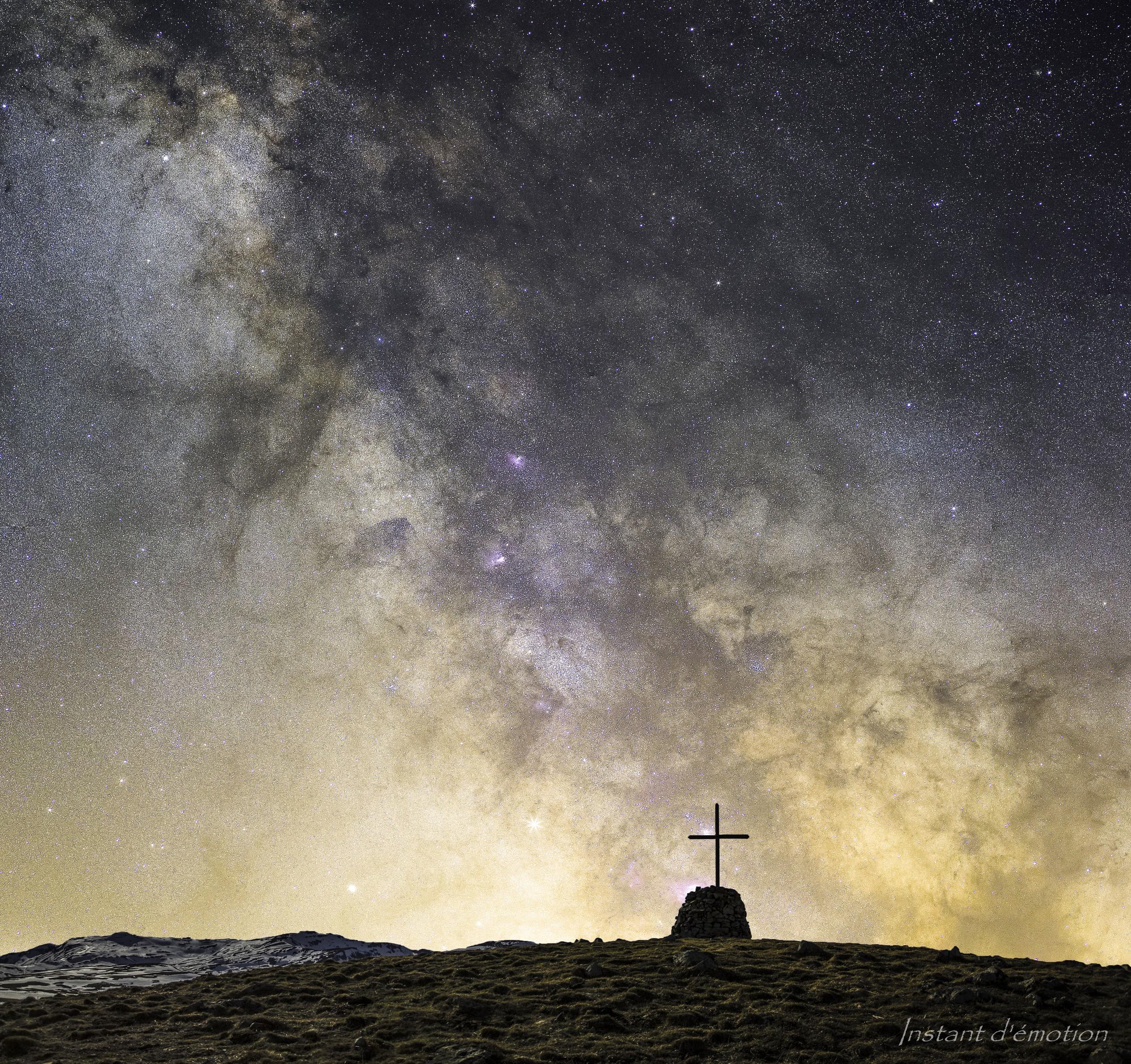 """""""La croix est l'échelle des cieux"""""""