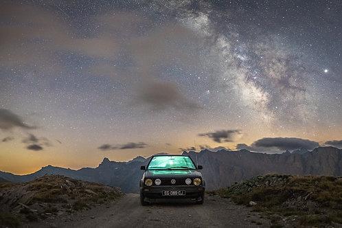 Une Golf II sous les étoiles