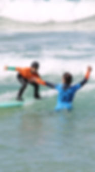 KIDS SURF LESSON COMPORTA