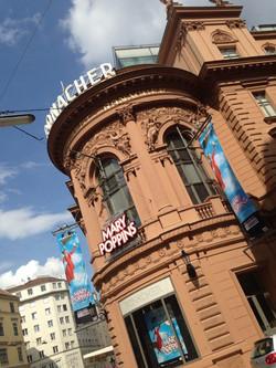 B Roll of Mary Poppins: Vienna